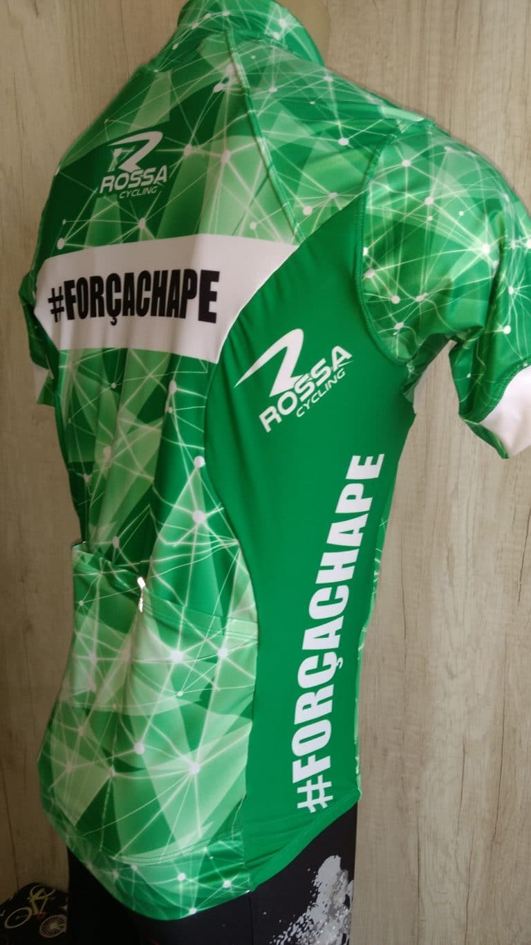 Camisa #Forçachape